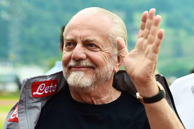 Lavezzi, Boldi, Cannavaro, Verdone. Quanti auguri per De Laurentiis