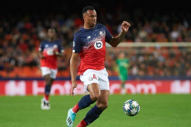 Gabriel visite Arsenal
