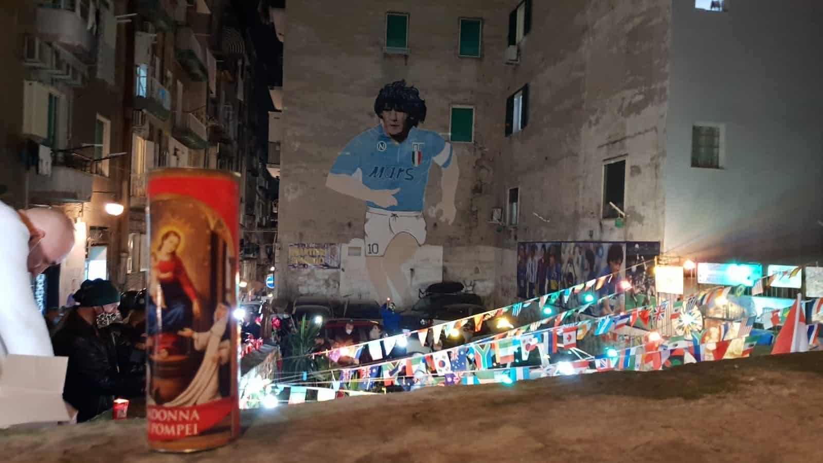 Maradona quartieri Spagnoli