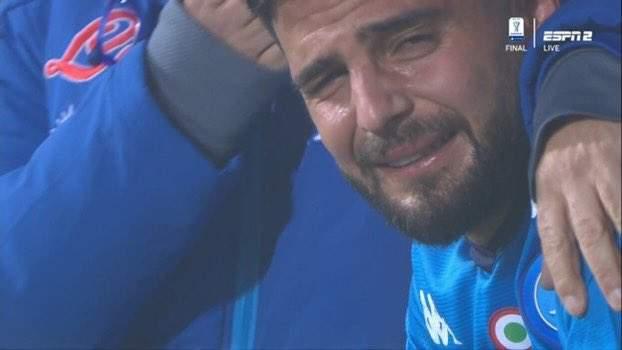 supercoppa insigne piange