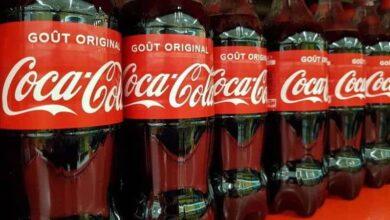 beve coca cola muore